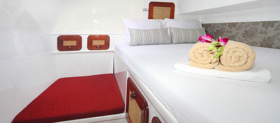 Buche eine Kabine fuer einen Segeltoern in Phuket